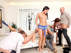 Fine ass Vinna Reed double penetrated hardcore in swingers orgy