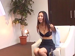 Aino Kishi taking day break in office to masturbate